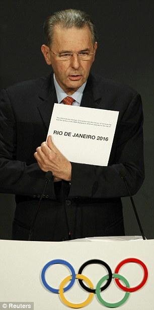 El presidente del COI, Jacques Rogge, dio el  nombre  elegido para los juegos de verano del 2016.